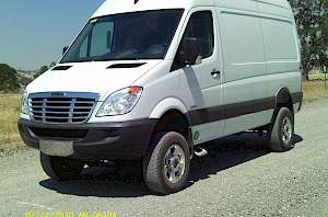 2010 Whitefeather 4x4 Freightliner 2500 Sprinter